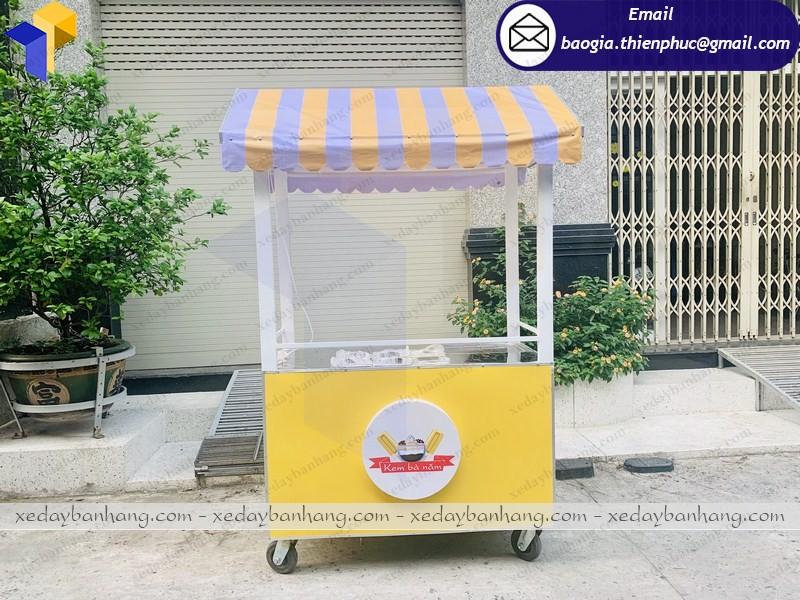 xe sắt bán kem lưu động